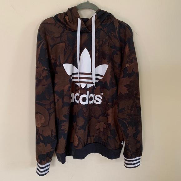 Adidas maple leaf camo hoodie